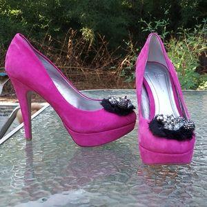 BCBGeneration Pink BG Scottie heels size 8 1/2 B